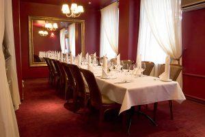 przygotowany stolik restauracja Białystok